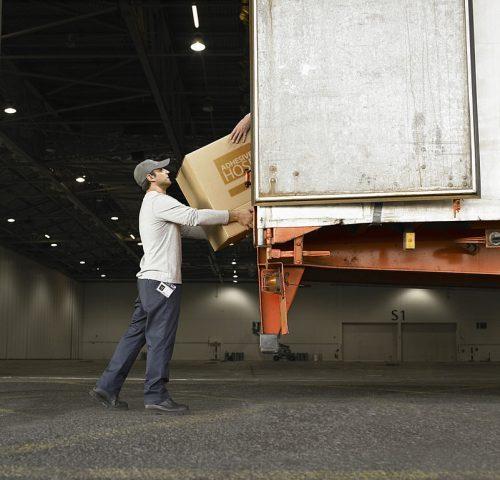 Adhesive Hose Transport